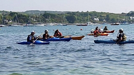 header-sea-kayaking-in-schull